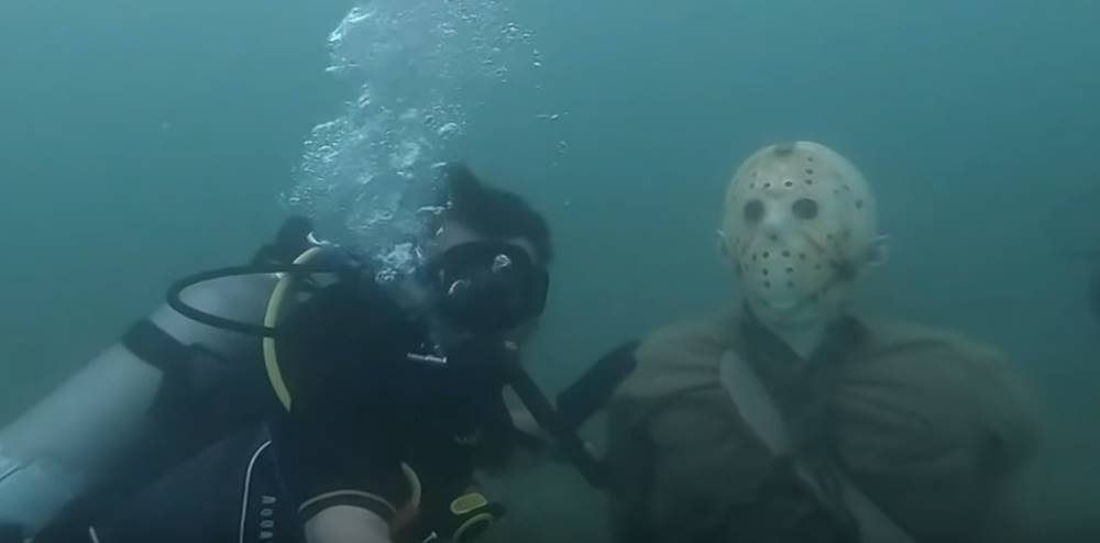 Jason-Vorhees-Statue-Under-Water
