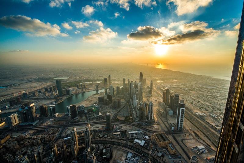 Burj-Khalifa-Hotel-Sunset