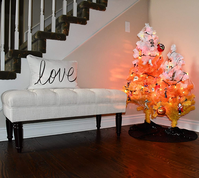 Horror-Orange-Christmas-Tree