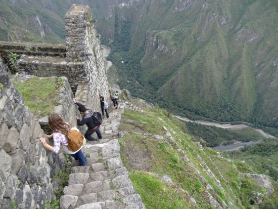 Huayna-Picchu-Stairs-of-Death
